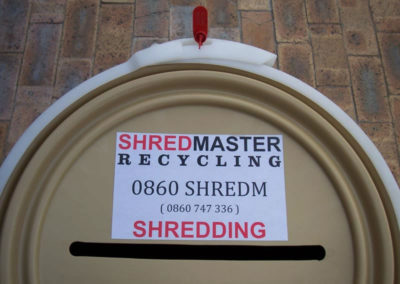 confidential-shredding-secure-containers